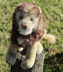 Steiff Leo Lion 22cm $245