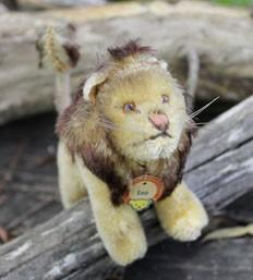 Steiff Leo Lion Standing 10cm $120