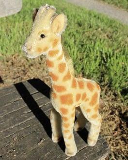 Steiff Giraffe No Id's 28cm. $125