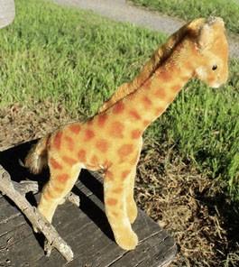 Steiff Giraffe Golden 28cm. $110
