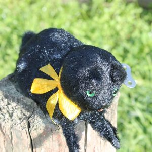 Wind Up Black Cat – Vintage has key.  Working order.
