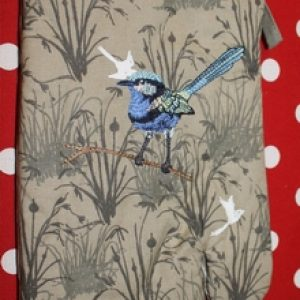 Oven Gauntlet – Blue Wren Grassland