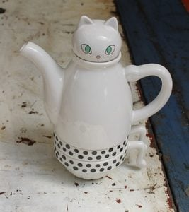 White Cat Tea For Two Set