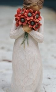 Surrounded by Love Figurine – 13cm Willow Tree