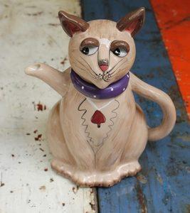 Siamese Cat Teapot