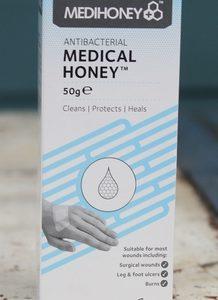 Medical Honey with Manuka