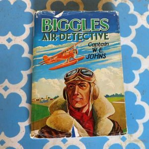 Book – Biggles Air Detective