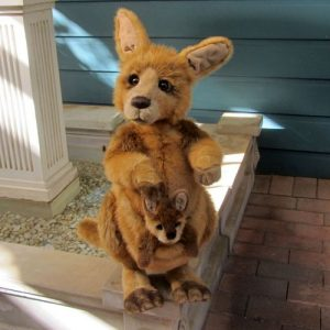 Bouncer & Skip – kangaroos