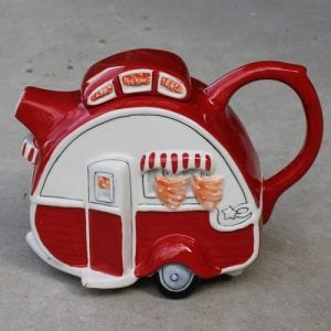 Teapot – Retro Red Caravan