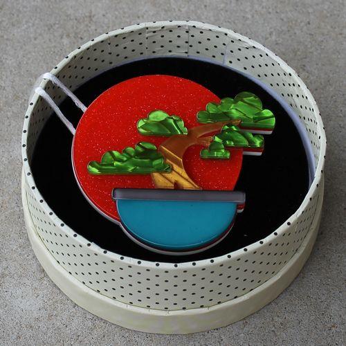 Erstwilder Brooch - Breathtaking Bonsai