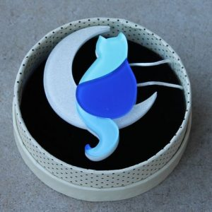 Erstwilder Brooch – Minna's Moon (Cat)