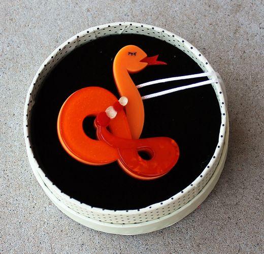 Erstwilder Brooch - Jake the Snake
