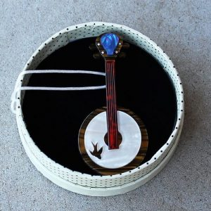 Erstwilder Brooch - Stay Plucky (Banjo)