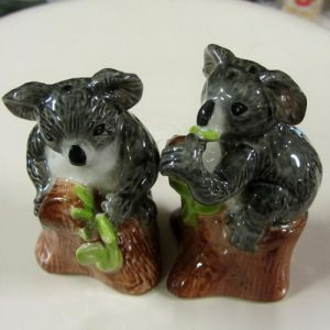 Koala in Tree Salt & Pepper