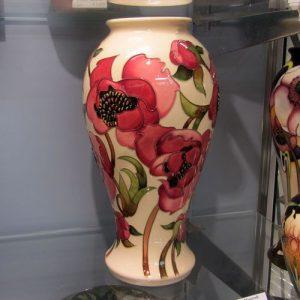 Moorcroft Vase Calamine & Cream