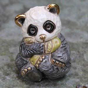 Panda Baby in Tree – Rinconada F303