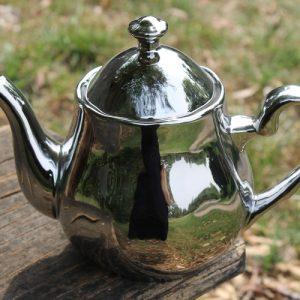 Teapot – Silver/Platinum