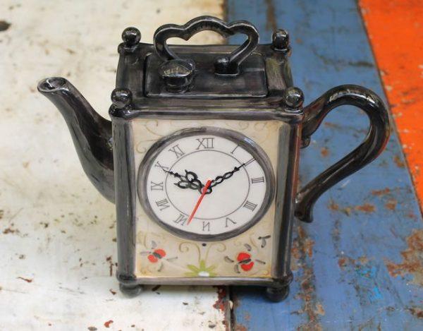 Carriage Clock Teapot