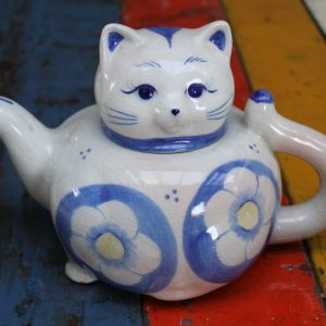 Cat Teapot – Blue and White Floral