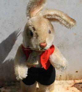 Steiff Nikili Rabbit Boy – 26cm Vintage