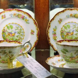Shop 3 Velvet Antiques