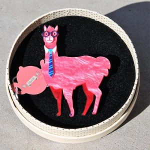 Erstwilder Brooch – Alan the Alpaca