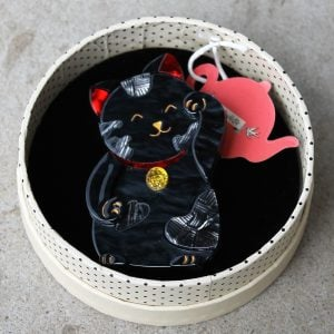 morpeth antique centre hunter valley erstwilder brooch neko the bekoner chinese japanese good luck lucky fortune cat animal resin retro collectable