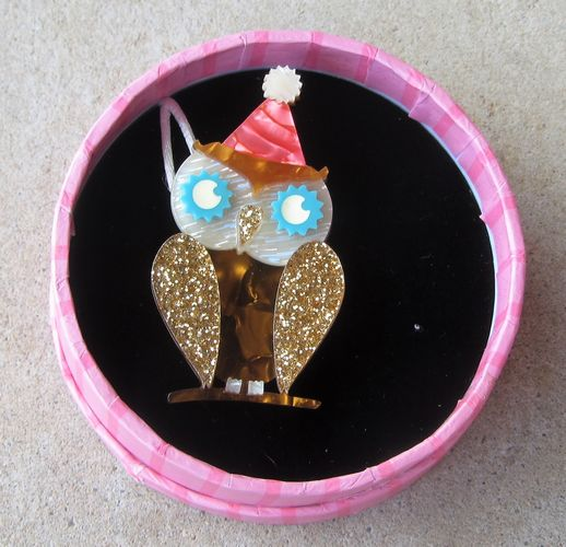 morpeth antique centre hunter valley erstwilder brooch having a hoot party birthday owl retro pin up collectable