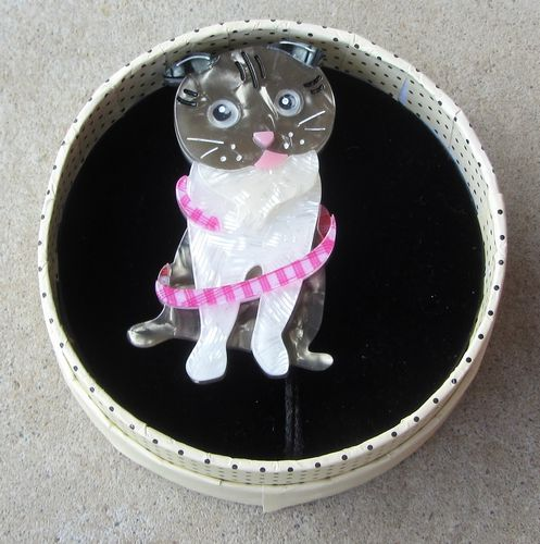 morpeth antique centre hunter valley erstwilder brooch adorable opie cat kitten retro pin up collectable