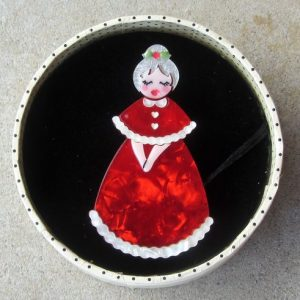 Erstwilder Brooch – Mrs. Claus