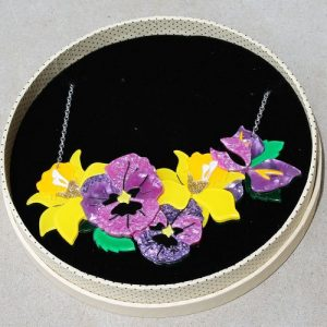 Erstwilder Necklace – Love-In-Idleness Large (Pansy)