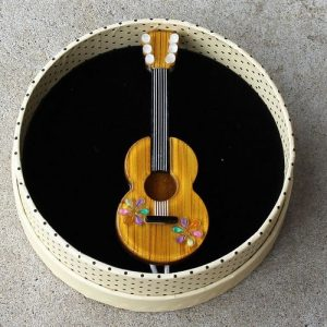 Erstwilder Brooch – Flamenco Guitarra