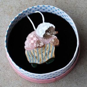 Erstwilder Brooch – Mrs Tiggy-Winkle