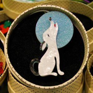 Erstwilder Brooch – Ozzie the Orator (Dog)