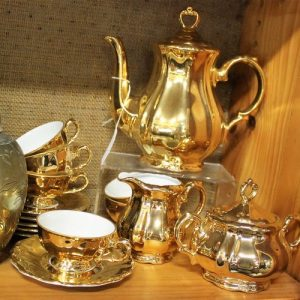 Golden Teaset