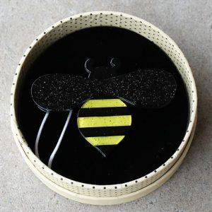 Erstwilder Brooch – Babette Bee