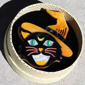 Erstwilder Brooch – Hex Kitten