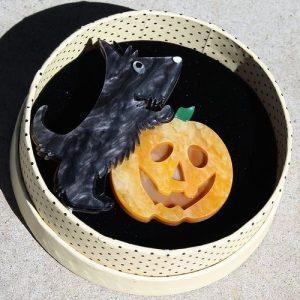 Erstwilder Brooch – Patch the Pumpkin Pup
