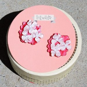 Erstwilder Earrings – Heartfelt Hydrangea (Pink)