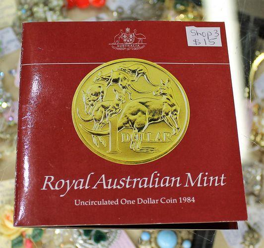 morpeth antique centre hunter valley mandscoinsandbanknotes australia's first one dollar coin 1984 royal mint RAM uncirculated