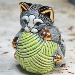 Rinconada Kitten with Ball of Wool F393