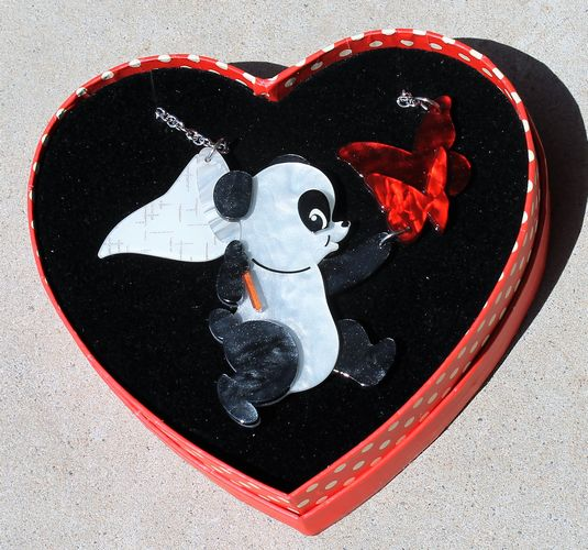 morpeth antique centre hunter valley erstwilder brooch earrings necklace what a catch panda valentines day 14th february love red roses heart gift sweet retro pinup collectable