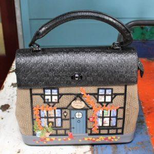 Vendula Winter Cottage Grace Bag