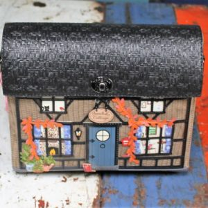 Vendula Winter Cottage Box Bag