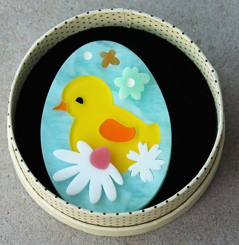 morpeth antique centre hunter valley erstwilder earrings brooch necklace baby bloomer chick chicken painted egg exuberant happy easter parade farm animals retro collectable pin up