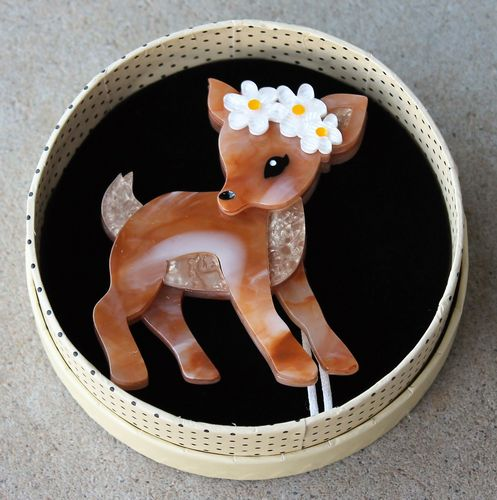 morpeth antique centre hunter valley erstwilder earrings brooch necklace buttercup fawn deer bambi exuberant happy easter parade farm animals retro collectable pin up