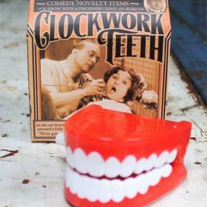Clockwork Chattering Teeth