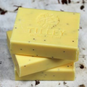Tilley Soap Bar – Passionfruit & Poppyseed