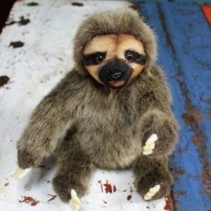Sloth by Hansa – 20cm