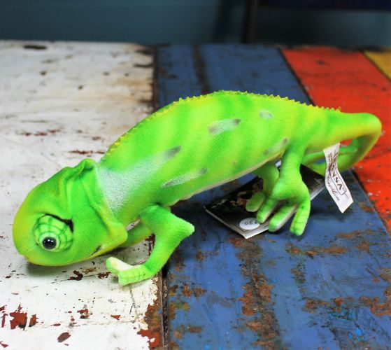 morpeth gift gallery hunter valley hansa soft cuddly plush animal farm jungle wild insect green south american chameleon skin changer